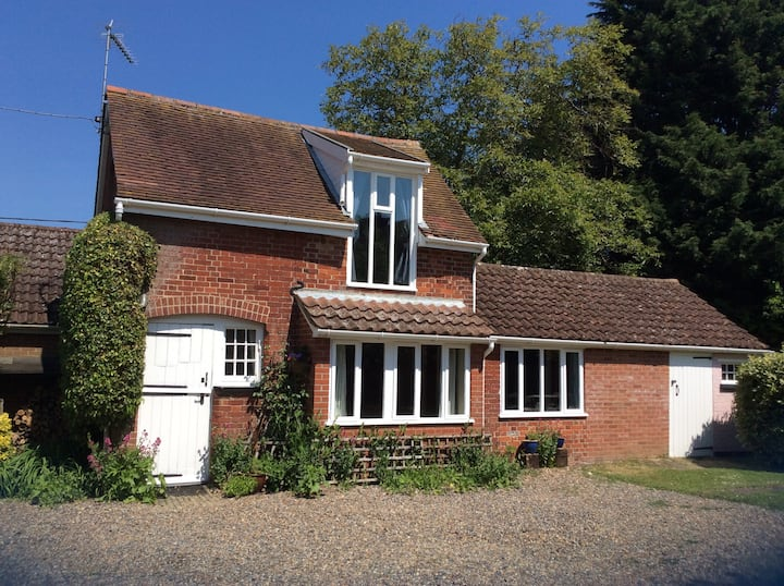 The Coach House, self catering, Victorian property
