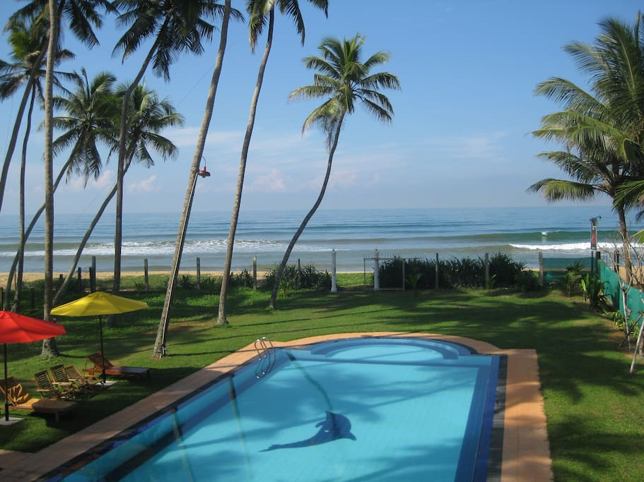 large 20 metre pool