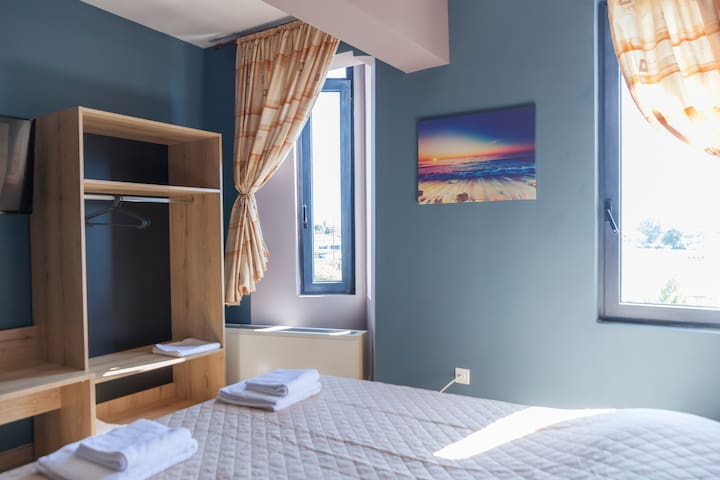 Via Mare Apartments - Studio 2
