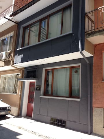 BURSA CENTRAL BUİLDİNG FOR RENT...