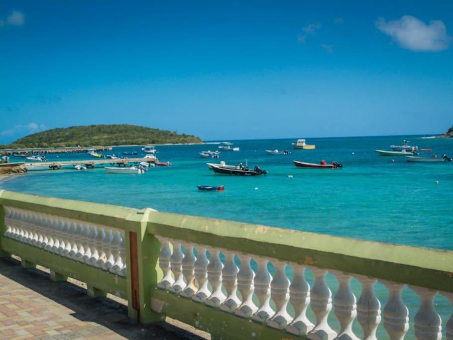 Esperanza Pier just across