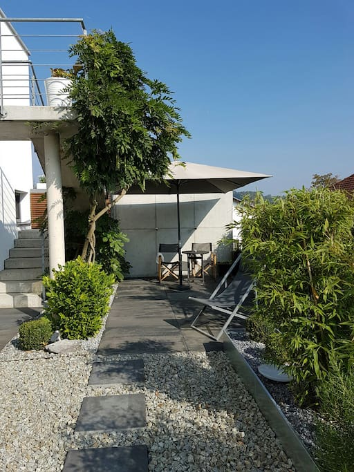 Eigene Terrasse für unsere Gäste