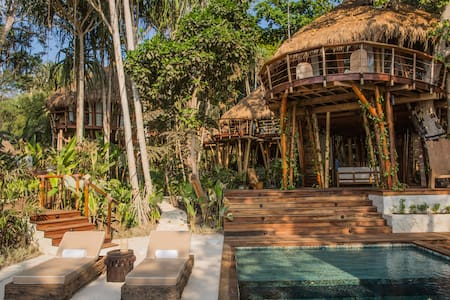Mamole 3-Bedroom Tree House in Sumba, Indonesia - Kota Waikabubak