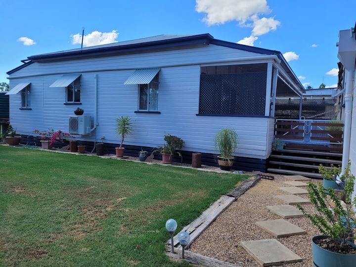 Quaint Cottage Retreat