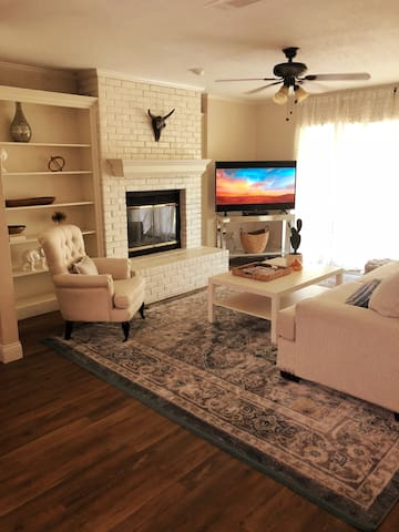 Private DFW Home - Long-Term Stays Welcome!