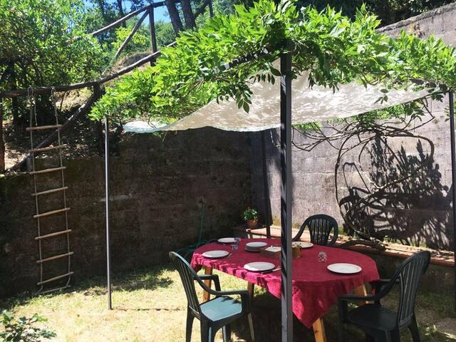 Casa Vacanze con ampio giardino