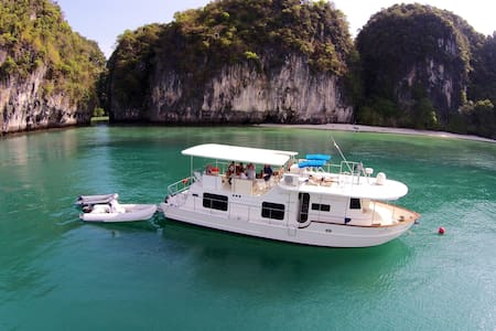 52 ft house boat, lots of room.  - Phuket - Barca