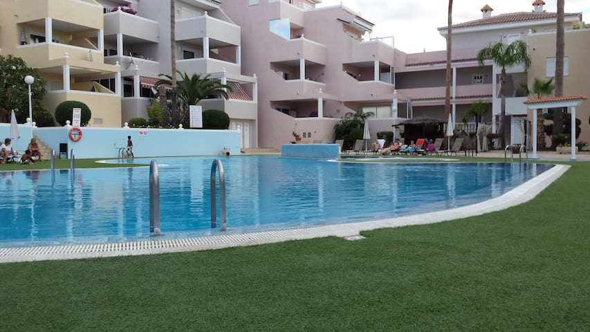 G: APARTMENT WIHT POOL - CHAYOFA - Apartamento