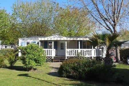 Grand mobile home de standing vue sur plage - Gastes - Camper/RV