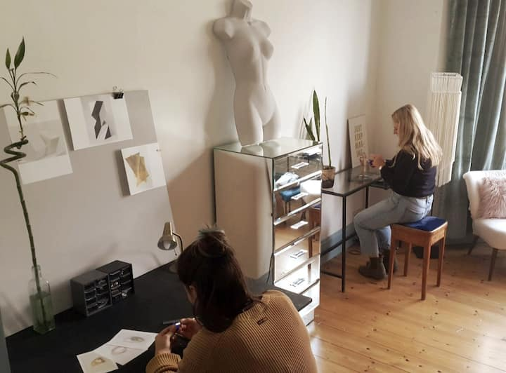 The workspace with participants.