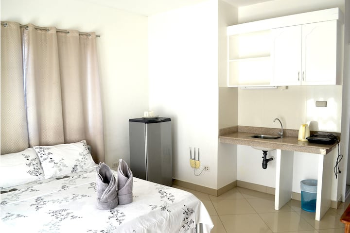 Studio Apartment w/ View (Rm. 2)