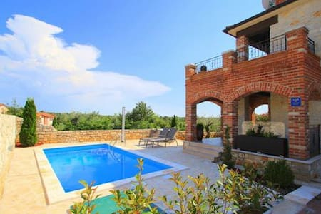 Charming villa near Poreč, Croatia - Vabriga