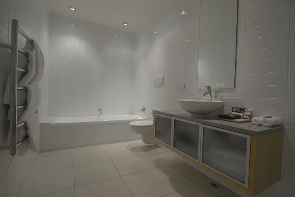 Main bathroom with seperate shower and bath