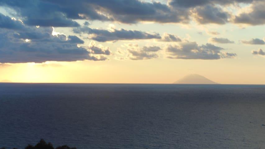 luxury apartment with sea views - Marina di Zambrone - Daire