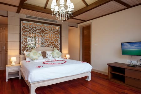 Guestroom LUXURY POOL VILLA A4/M - Villa