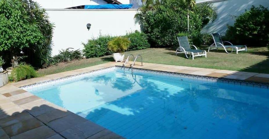 Linda casa com piscina, Vitória ES