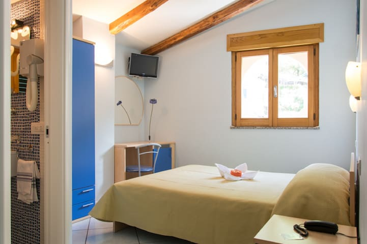 Minihotel IRIS - Maiori - Bed & Breakfast