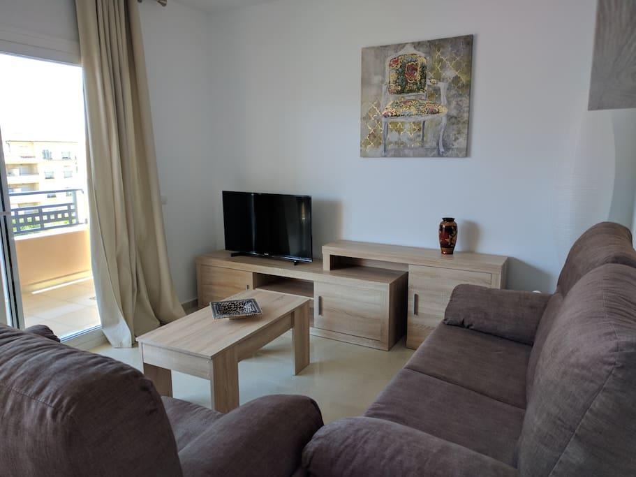 """Living room/sala de estar TV 42"""""""