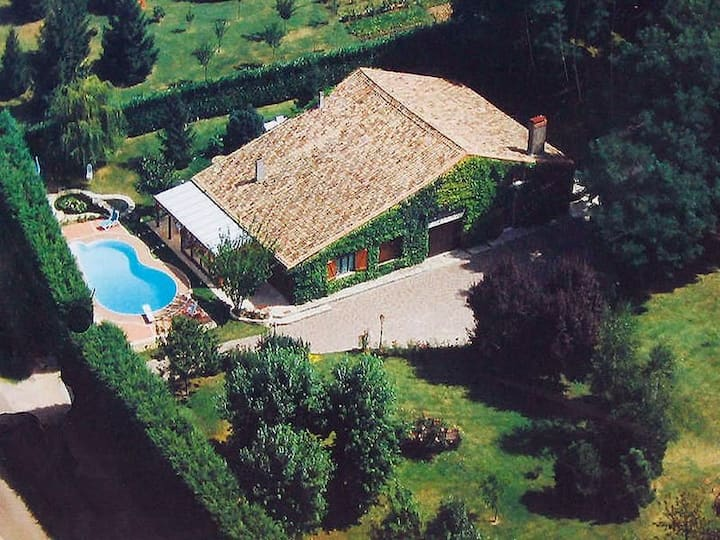 Villa du Hibou: Spacious Rustic Gîte, Private Pool