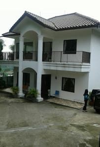 Great View Villa With S.Pool & BBQ - Bogor