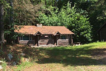 Iroquois Log Cabin--(Self-Care Bedding)