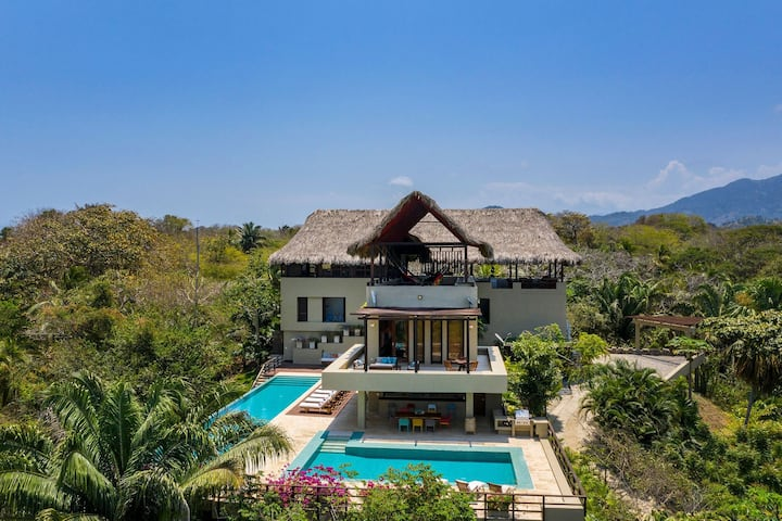 Sma001 - Luxurious 5 suite ocean view villa