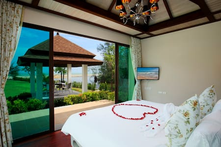 Guestroom LUXURY POOL VILLA A4/B1 - Villa