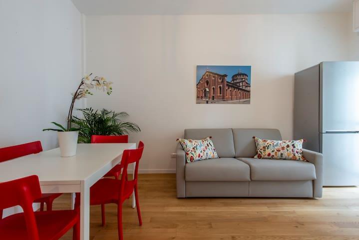 ARISTOTELE72- Two Room Apt.x 4Pax with Balconies-