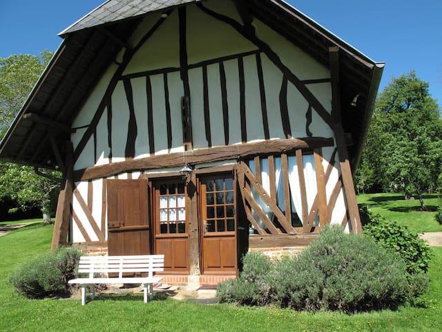 """Gîte """"La Charretterie"""" - Les Authieux-sur-Calonne"""