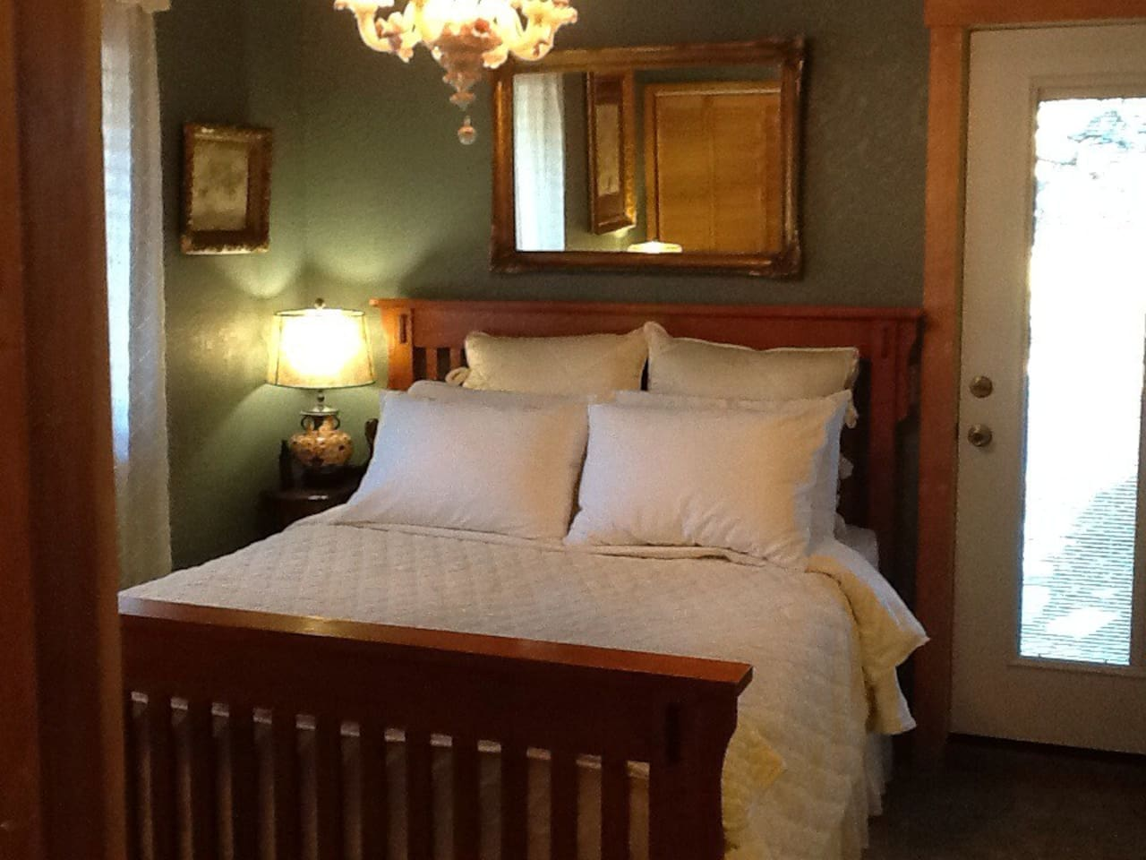 Enjoy your home away from home with this inviting tastefully decorated Suite. Lovely comfortable queen size bed.