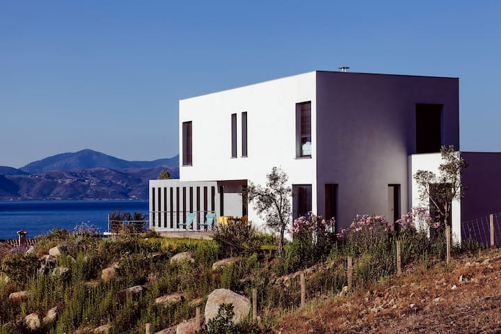 CASA NEPITA, SAGONE, 180° SEA VIEW, QUIET, POOL