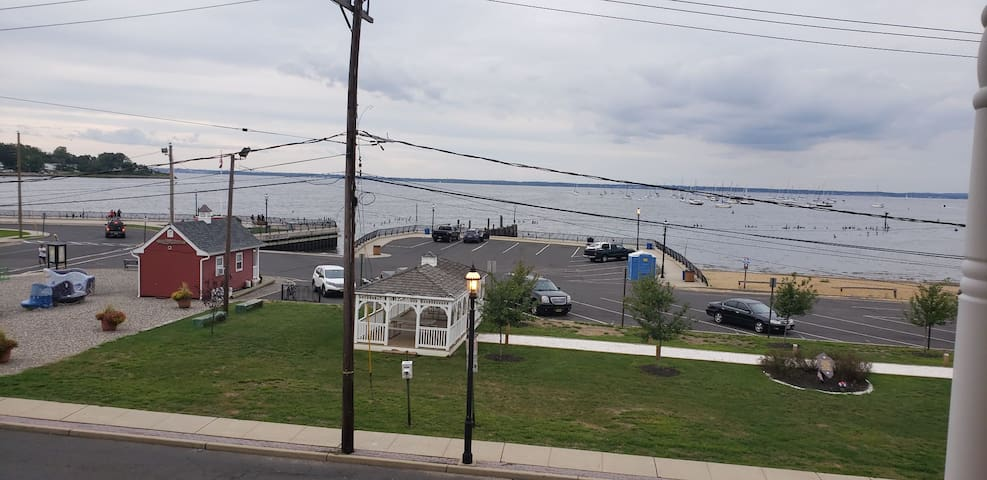 Waterfront luxury in the center of Keyport!!