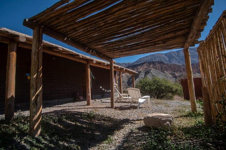 Otro Mundo Quebrada de Humahuaca/ CabañaGrande