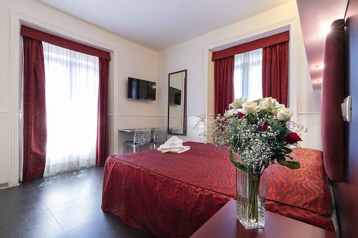 Imperial Suite Guest House - Double / Twin Room
