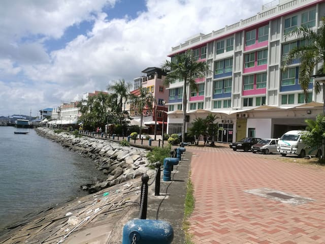 1D Sea View Sandakan Town City Centre Backpackers