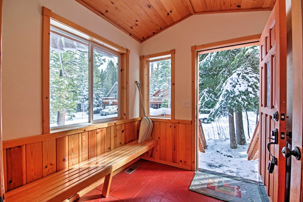 Step inside this cozy cabin and enjoy a comfortable furnishings and vaulted pine ceilings.