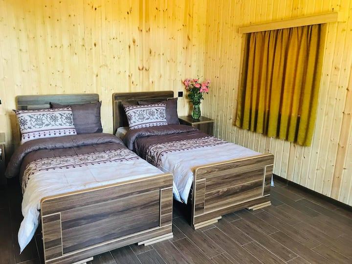 ახალი 2-ოთახიანი კოტეჯი ოკაცეს კანიონთან