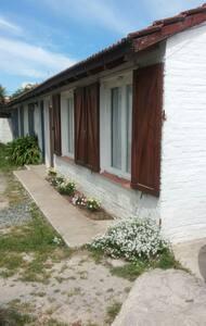 Acogedora casa en Claromecó