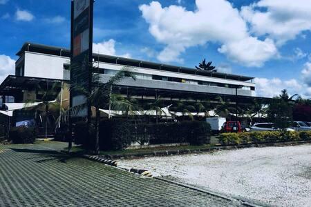 Apto Mall Puerto Bulevar.