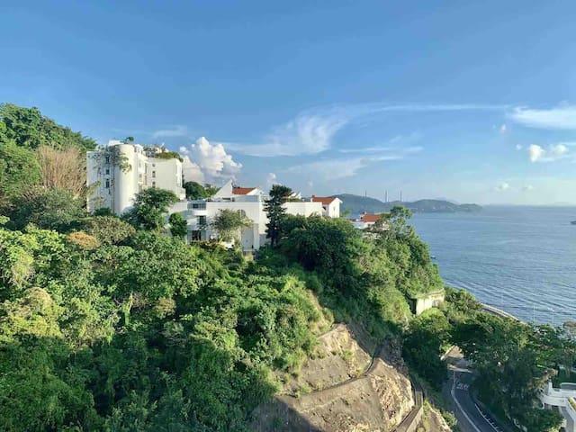 Spacious ocean view flat Hong Kong island Pokfulam
