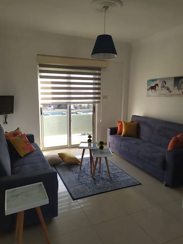 Beautiful Modern Flat in Alsancak (Karavas)