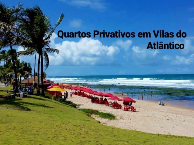 Quartos privativos próximos à praia de Vilas