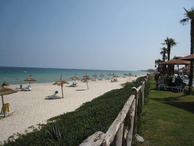 Une des plus belles plages Tunisiennes