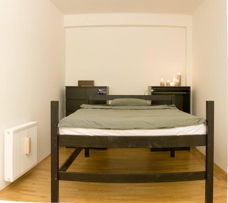 Sleeping corner (bed size: 200x140 cm)