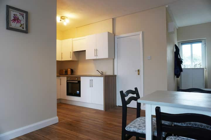 Barry Beag, Cosy One Bedroom Apartment