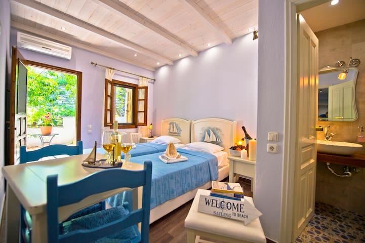 Standard Room ( 15 sq. m.)