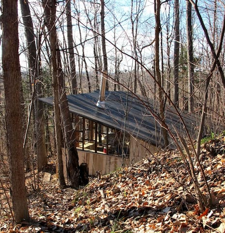 CABIN NESTED in escarpment band - Plantagenet