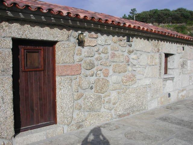 Quinta das Eiras - Seia - House