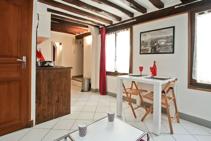 75003 paris 2018 with photos top 20 places to stay in 75003 paris holiday rentals holiday homes airbnb 75003 paris île de france france