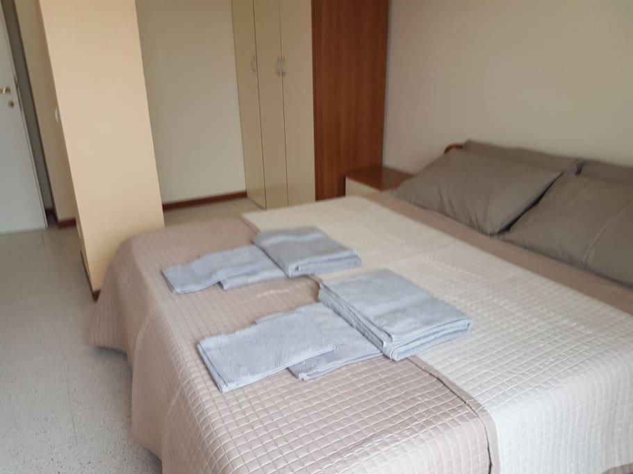castelnuovo di porto divorced singles Rent this 4 bedroom villa in castelnuovo di porto for $70/night has balcony and patio read reviews and view 24 photos from tripadvisor.